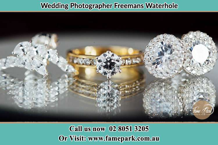Photo of the Bride's cliff, ring and earrings Freemans Waterhole NSW 2323